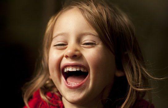 Râsul, cel mai bun predictor al fericirii
