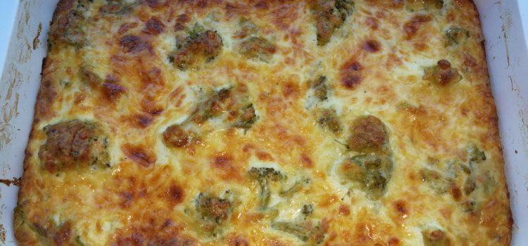 Budincă de broccoli cu brânzeturi la cuptor