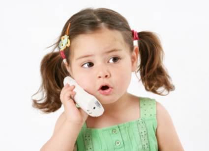 Mamă pentru telefonul care plânge