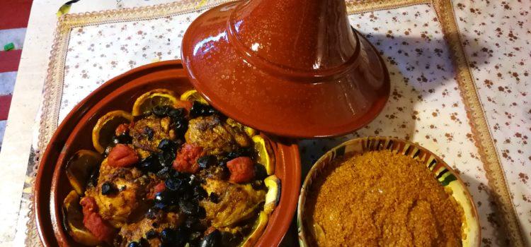 Tajine marocan de pui și quinoa aromat