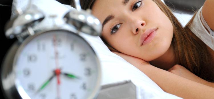 De ce suferă mămicile de insomnie