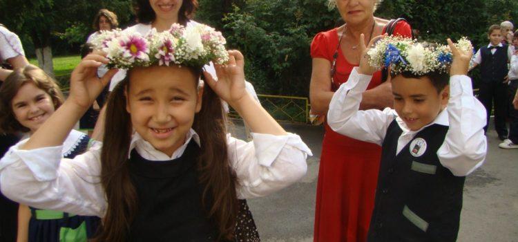 Fotografii printre zâmbete și flori