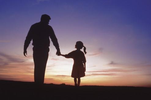 Tăticul jucăuș și iubirea pentru păpădie