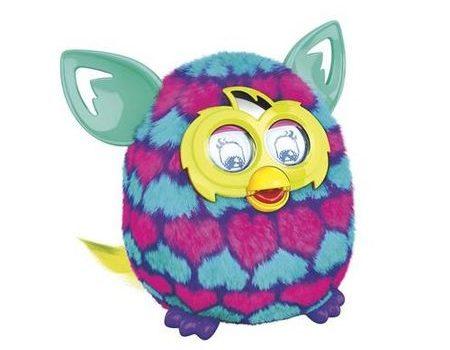 Furby cea vorbăreață și păpădia iubitoare