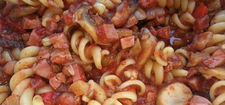 Paste fusilli a la pizza