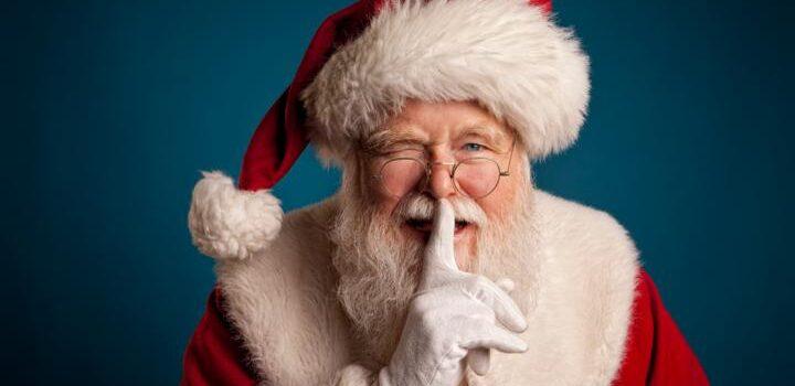 Un Moș Crăciun toropit de căldură